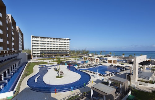 Royalton Blue Waters - All Inclusive