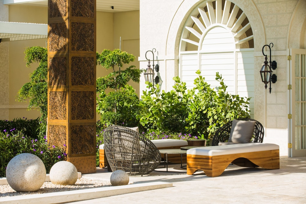 Lobby Sitting Area, The Shore Club Turks and Caicos