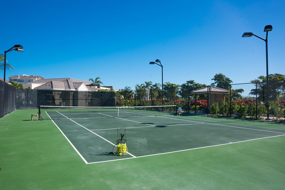 Tennis Court, The Shore Club Turks and Caicos