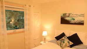 1 bedroom, premium bedding, free wired internet