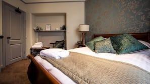 Hochwertige Bettwaren, Bügeleisen/Bügelbrett, kostenloses WLAN