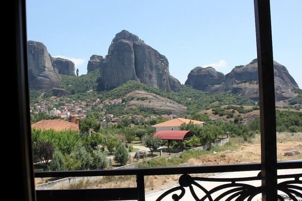 Grand Meteora Hotel Reviews Photos Rates Ebookers Com