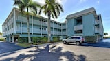 Tiffany Place 213 by RedAwning - Holmes Beach Hotels