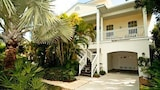Holly Jewel by RedAwning - Anna Maria Hotels