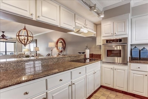 Private Kitchen, Amelia By The Sea - 775 ASea - 2 Br Condo