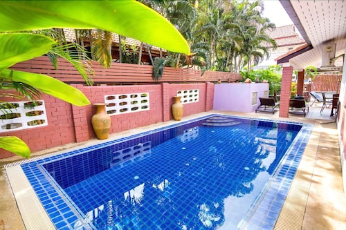 4 Bedrooms Private Pool Villa - 대표 사진