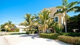 Bimini Bay by RedAwning - Holmes Beach Hotels