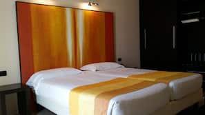 In-room safe, desk, soundproofing, cots/infant beds