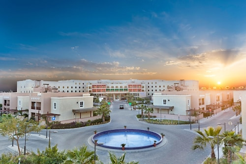 Al Nakheel Beach Park Accommodation: AU$69 Hotels Near Al Nakheel ...
