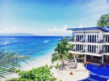 Sunset at Aninuan Beach Resort