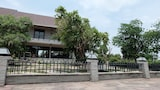 The Society Ayutthaya Resort - Uthai Hotels