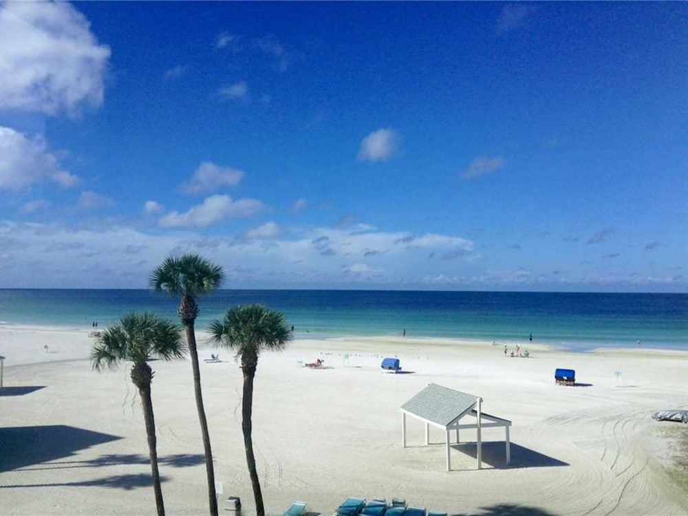 Siesta Key Beach Hotel Deals