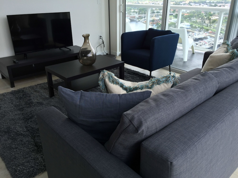 lyx suites by the miami river 2017 room prices deals reviews