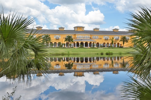 Tampa Palms Golf and Country Club