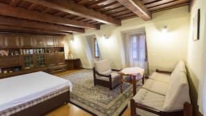 9 Schlafzimmer, Minibar, Schreibtisch, kostenloses WLAN
