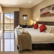 Springbok Inn by Country Hotels