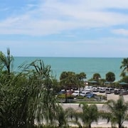 Bonita Beach and Tennis 1501 Wkly