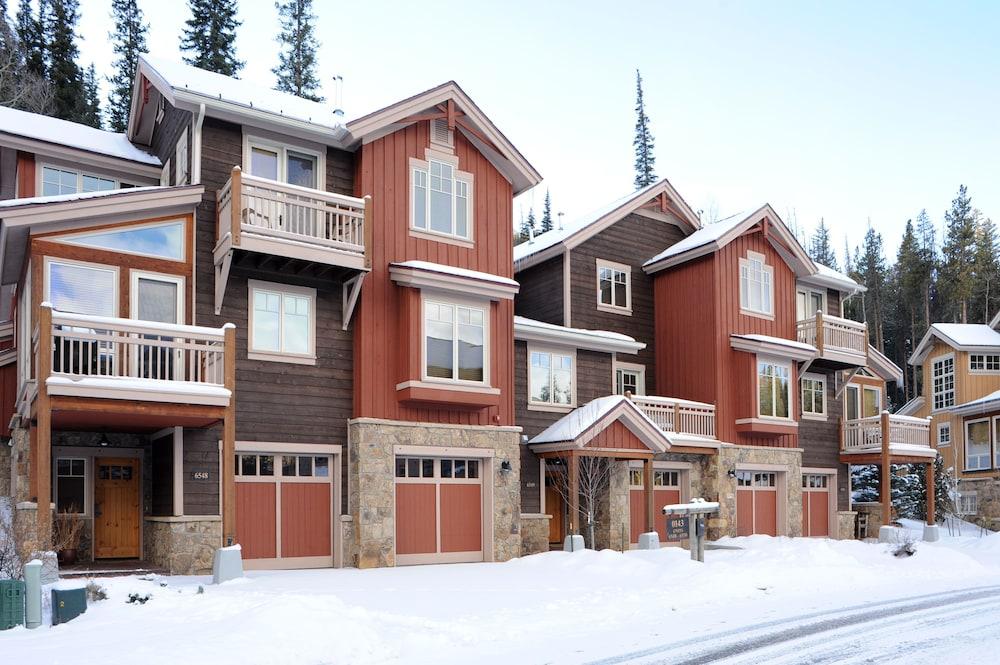 East keystone condominiums by keystone resort keystone for Cabins in keystone co