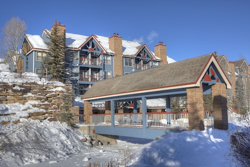 River Mountain Lodge by Vail Resorts