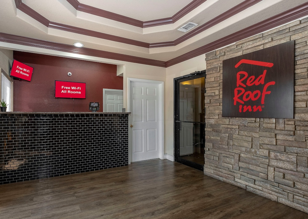 Lobby, Red Roof Inn & Suites Pensacola - NAS Corry