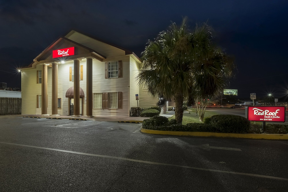 Exterior, Red Roof Inn & Suites Pensacola - NAS Corry