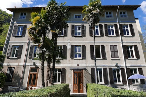 Lake Como Peace Lodge - Hostel