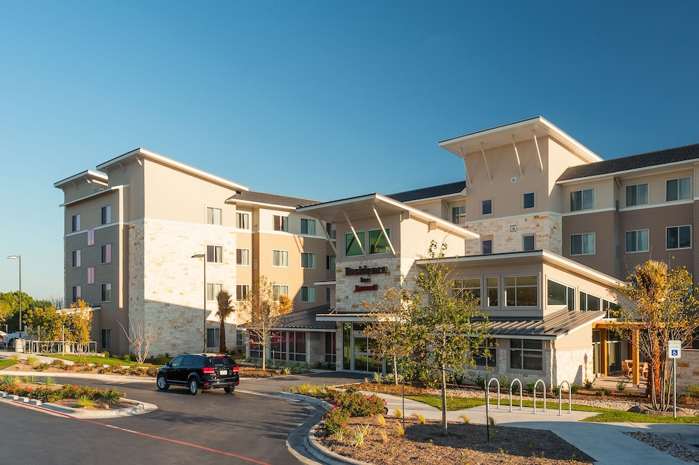 Property Entrance, Residence Inn by Marriott Austin Airport