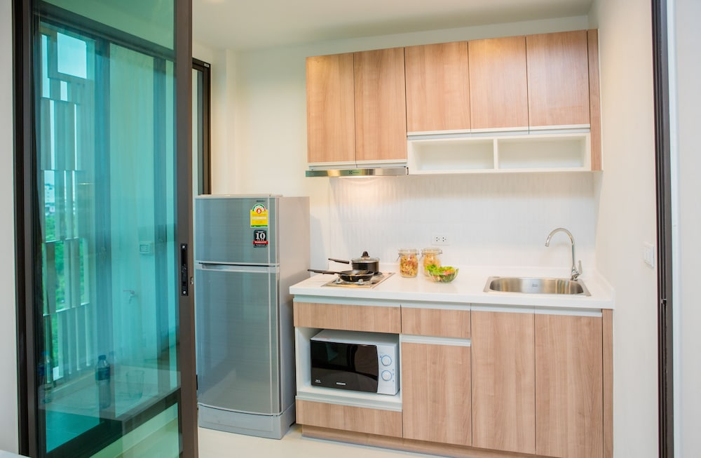 Private Kitchenette, Connext Residence