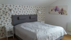 Pillowtop beds, iron/ironing board, rollaway beds, free WiFi