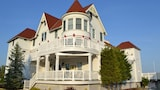Tavern on the Bay Resort - Somers Point Hotels