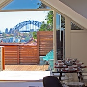 The Penthouse at Cremorne Point Manor