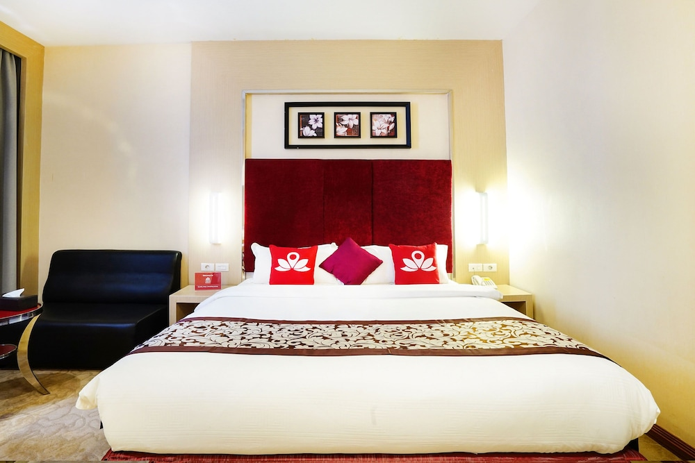 ZEN Rooms Near BCS Mall Penuin: 2017 Room Prices, Deals & Reviews | Expedia