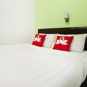 ZEN Rooms Near Fery Terminal Batam Centre