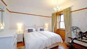 1 bedroom, premium bedding, iron/ironing board, rollaway beds