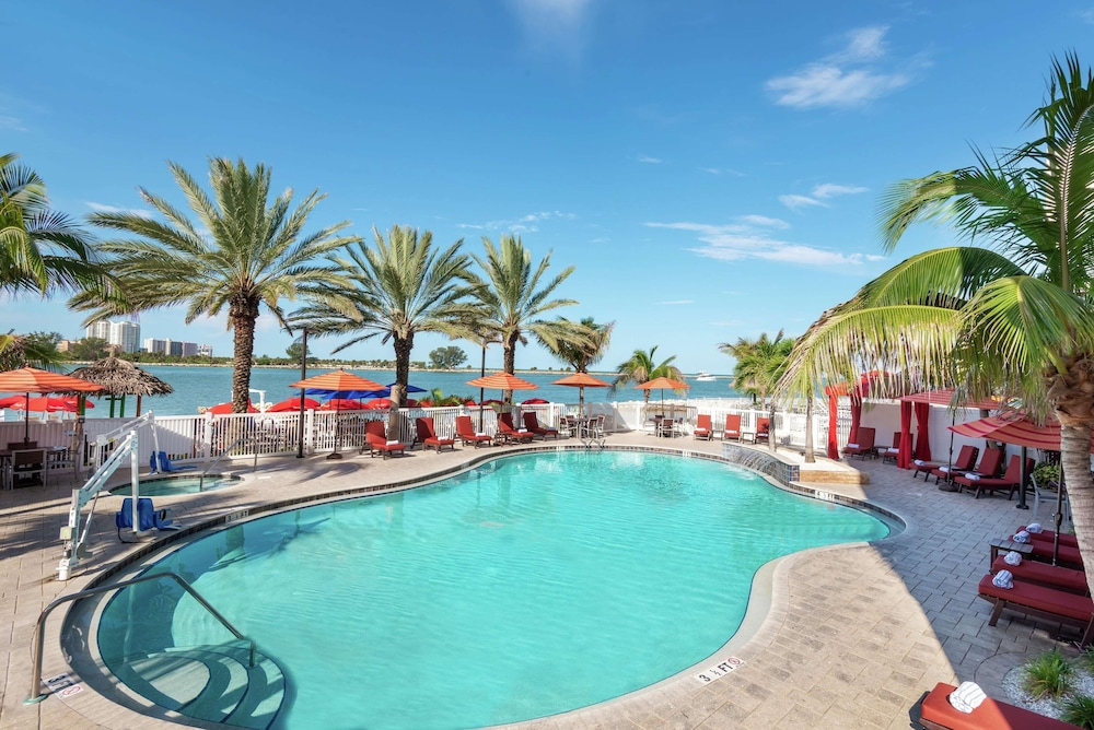 Featured Image, Hampton Inn & Suites Clearwater Beach