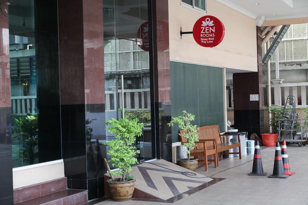 Zen Rooms Bangchak Bangkok Thailand