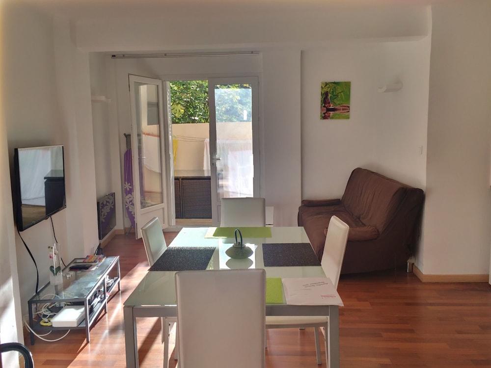 appartements design marseille terras marseille fra. Black Bedroom Furniture Sets. Home Design Ideas