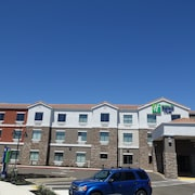 Holiday Inn Express & Suites Brentwood