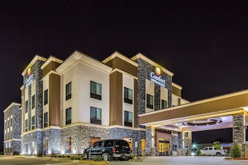 Comfort Inn & Suites Moore - Oklahoma City