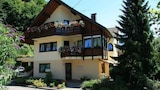 Muenstertal max 2 persons 1 Br apts by RedAwning - Munstertal Hotels
