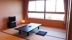 房內夾萬、書桌