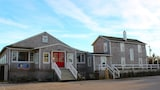 Nags Head Beach Inn by KEES Vacations - Nags Head Hotels
