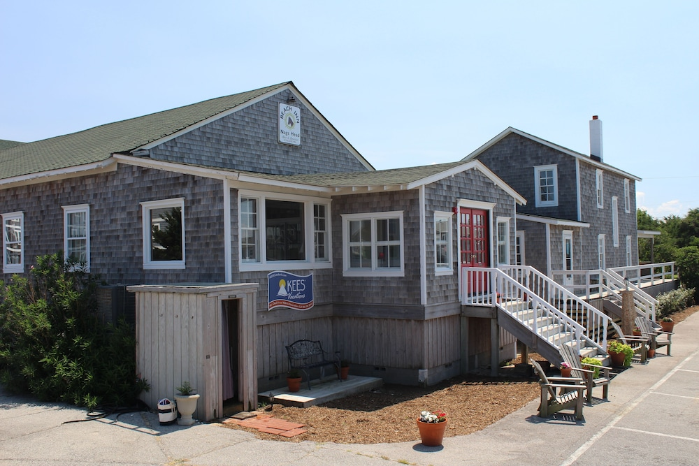 Nags Head Beach Inn By Kees Vacations 2 0 Out Of 5