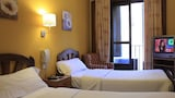 Hostal Lisboa - Madrid Hotels