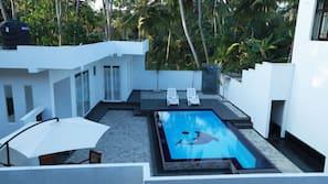 室外游泳池,无边泳池