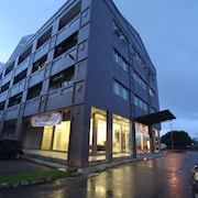 Place2Stay Business Hotel - Waterfront
