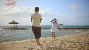 Di pantai dan rumah kecil pinggir pantai (dengan biaya tambahan)
