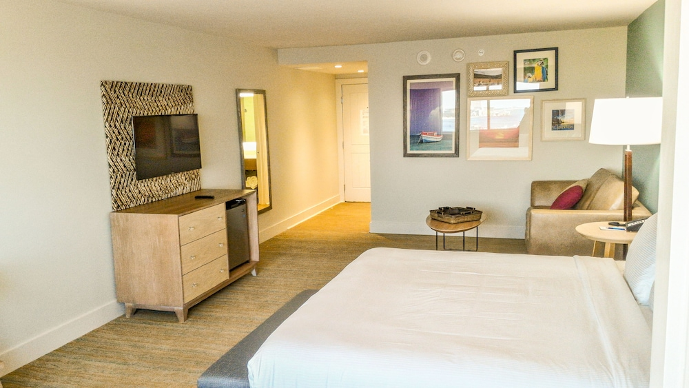 Margaritaville Resort Biloxi (Biloxi, USA) | AARP® Travel Center