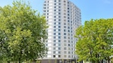 Select Serviced Accommodation - City Tower - Reading Hotels