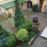 Karolina Old Town Apartments